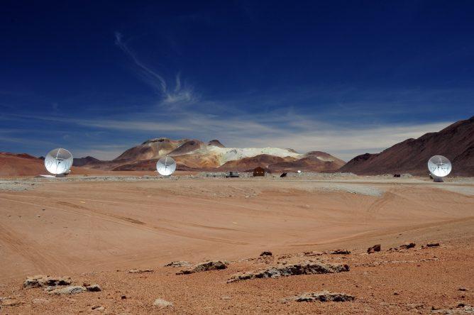 標高5000mにおけるアンテナ3台干渉計観測に成功