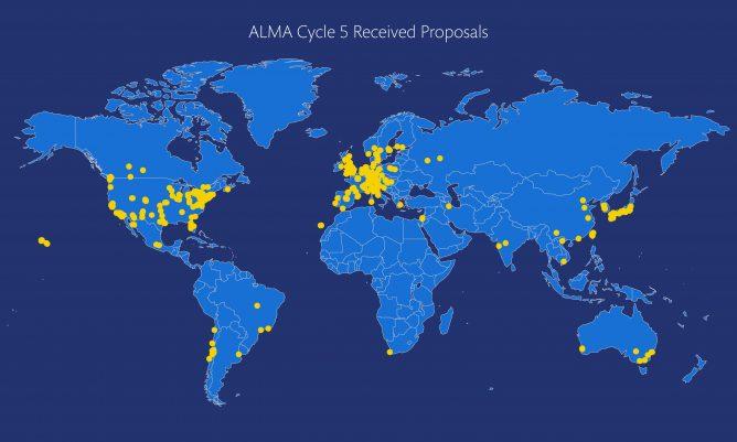 アルマ望遠鏡科学観測サイクル5に1700件以上の観測提案