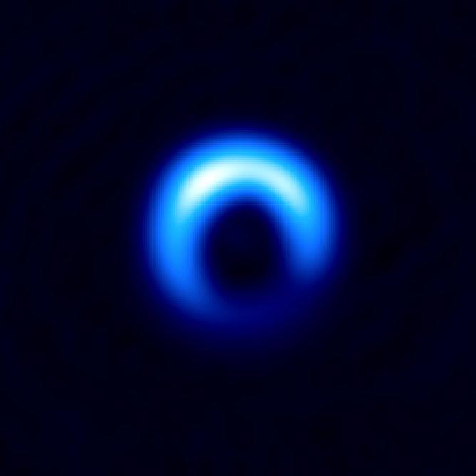アルマ望遠鏡で得られたHD 142527を取り巻く塵の円盤