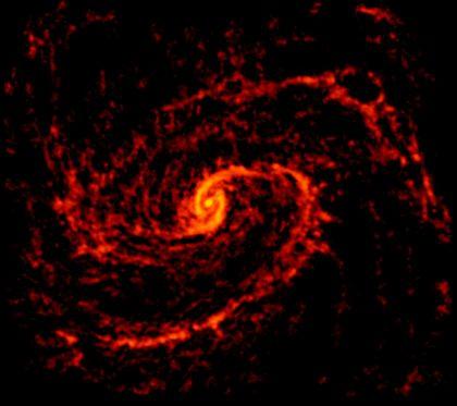 アルマ望遠鏡が撮影した渦巻銀河M100