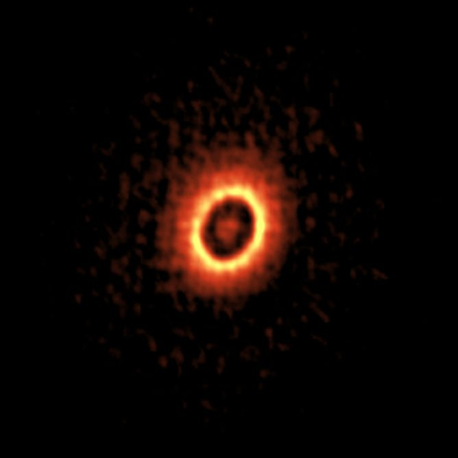 ALMA image of the dusty disk around the young star DM Tau