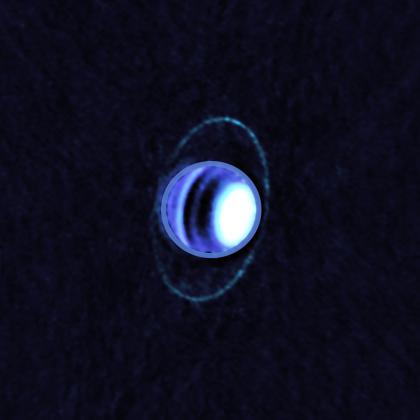 アルマ望遠鏡で撮影された天王星