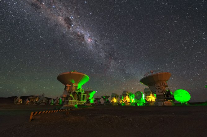 Contract Signed for New ALMA Receivers - ALMA expands its grasp to study molecules in the Universe