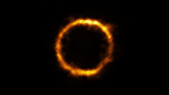 アルマ望遠鏡、予想外におとなしい赤ちゃん銀河を発見