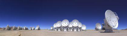 アルマ望遠鏡山頂施設パノラマ